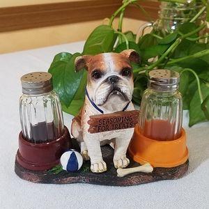 Bulldog Salt & Pepper Set